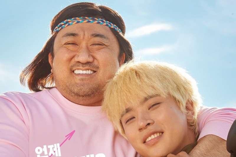 馬東石(左)主演電影《啟動》將於12月28日在韓國上映(圖/NEW)