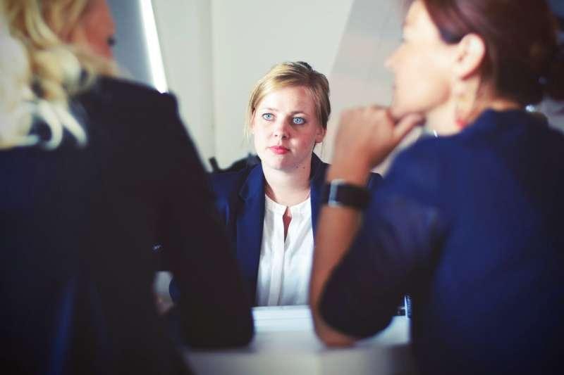 徒有能力、沒有「關係」的求職者,想在德國找到工作相對不易(圖/Unsplash)