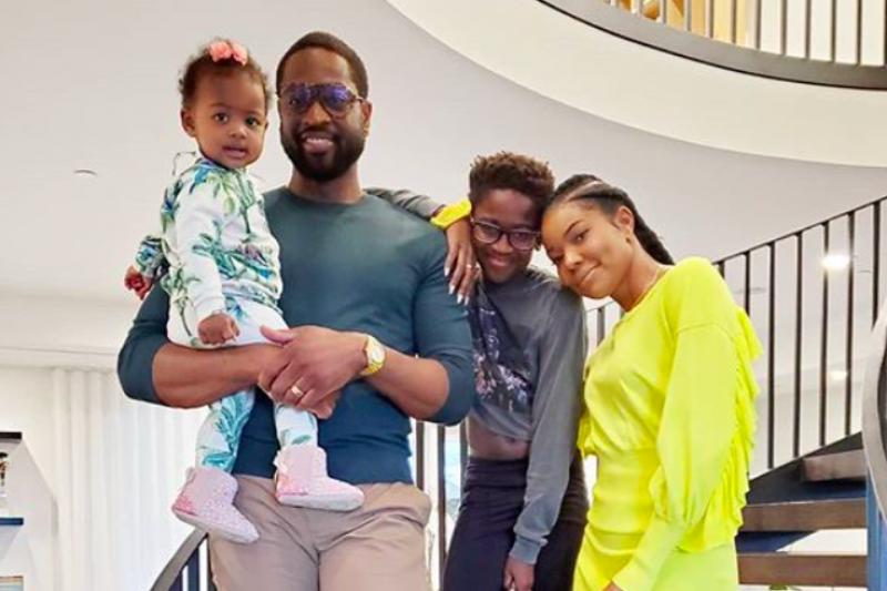 NBA》全家福照片儿外型遭网友批评 韦德霸气回应被称「最佳父亲典範」