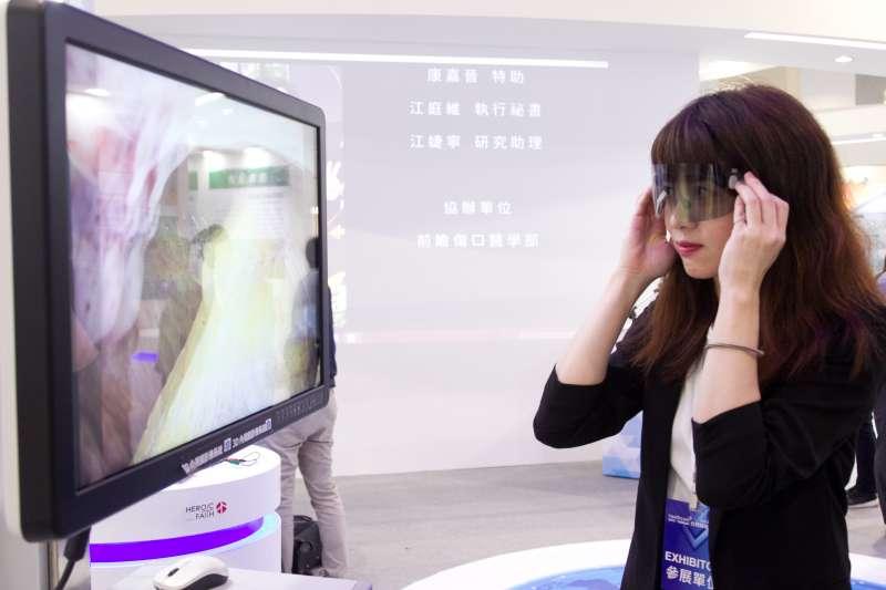 2019醫療科技展週四盛大展開,不只眼睛看還能動手做!(圖/風傳媒攝)