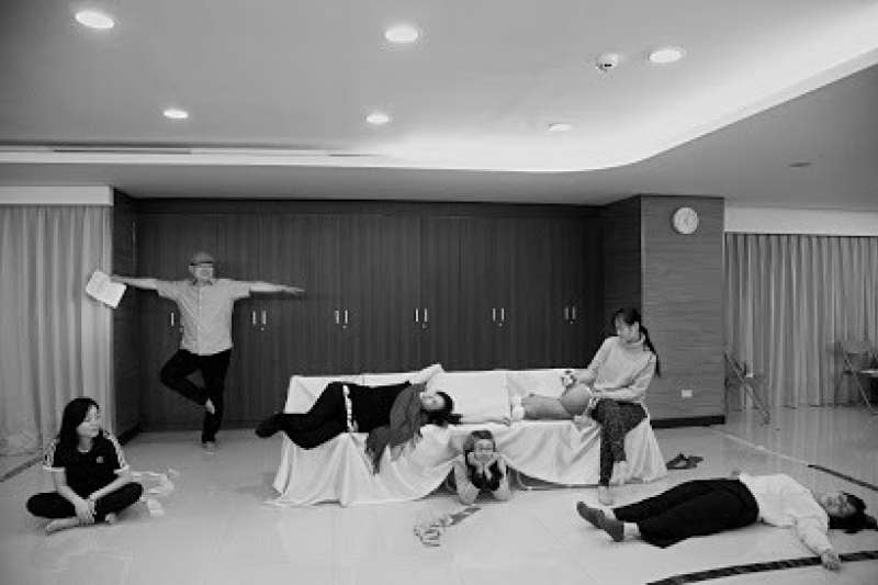 「身態光合」公共藝術計畫—療癒性劇場工作方法創作(作者張嘉容、黃鏡澄提供)