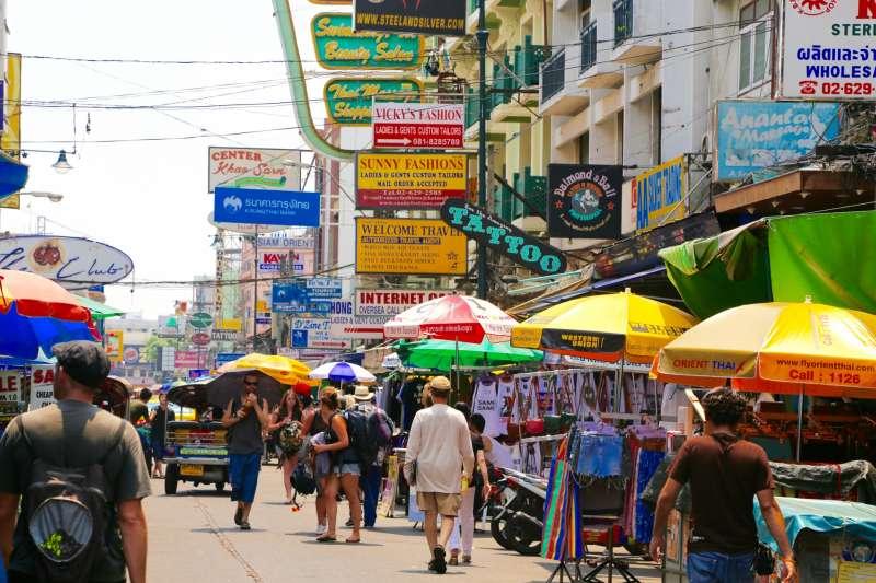 儘管泰國在世界上以包容LGBT人士著稱,但實際上的狀況是LGBT人士仍面臨來自各界的污名化和歧視。(示意圖/Dunhill@photoAC)