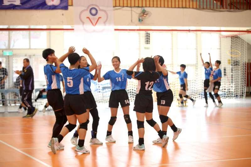 今年球季首度挑戰甲組聯賽的福豐國中,成功挺進8強複賽。 (大會提供)