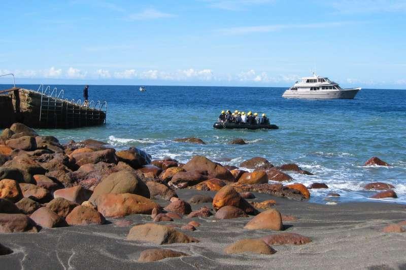紐西蘭的白島(White Island,Whakaari)(Avenue@Wikipedia / CC BY-SA 3.0)