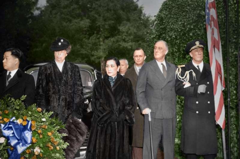 民國32年(1943)蔣中正夫人宋美齡女士訪問美國。(圖/徐宗懋圖文館提供)