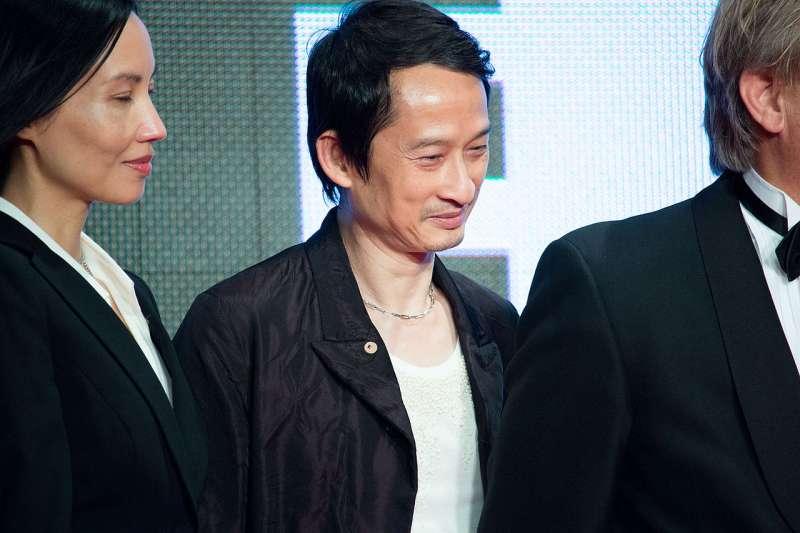 越南本土影視拍攝手法要現代化,內涵要具有時代意義,才能吸引新時代的觀眾。圖為法籍越裔導演陳英雄(Tran Anh Hung)。(圖/維基百科。 Dick Thomas Johnson from Tokyo, Japan )