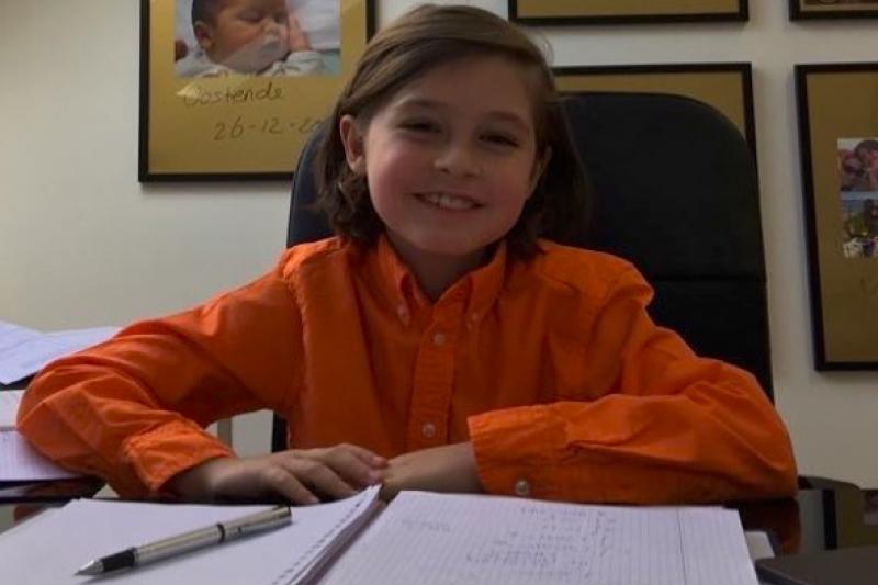 比利時神童西蒙斯9歲就唸大學,今將赴美攻讀電機博士學位。(翻攝instagram @laruent_simons)