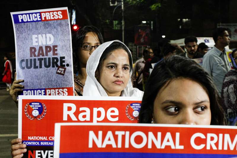 印度女性處境惡劣,遭性侵、殺害慘案頻傳,點燃民眾怒火。(AP)