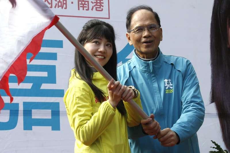 「水牛伯」游錫堃(右)對立委任何輔選要求幾乎來者不拒。(郭晉瑋攝)