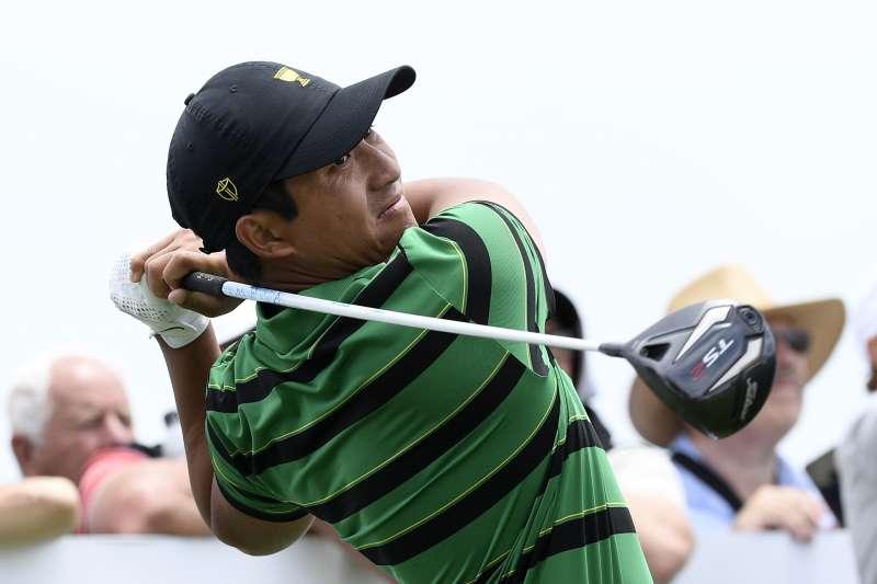 史上第一位獲選參賽的台灣選手潘政琮,和日本搭檔松山英樹聯手以贏1洞拿下勝利。(AP)