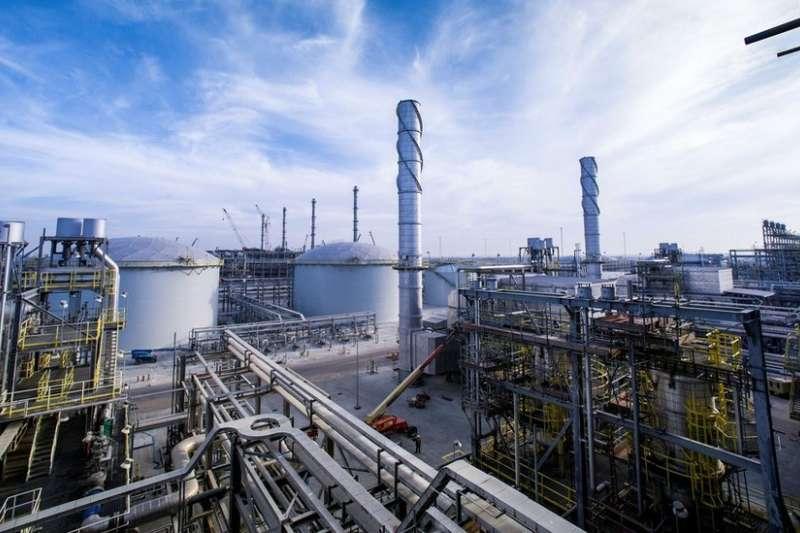 沙烏地阿拉伯國家石油公司(Aramco)的石油設施(BBC News 中文)