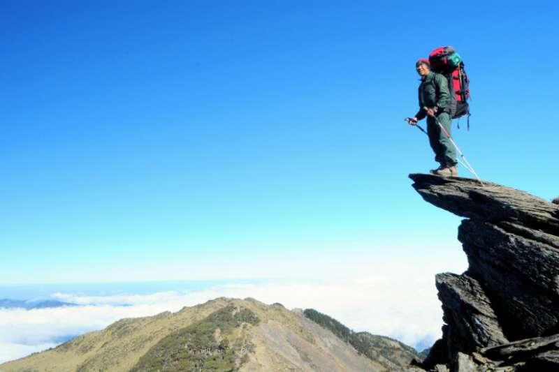 爬山學投資在某次的宜蘭松蘿湖爬山途中,我體悟到「爬山」和「投資」的道理其實是互通的。(圖片來源/網路)