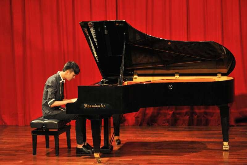 吳承澐日前舉辦第一場個人鋼琴演奏會(圖/吳承澐Charlie Wu Facebook)