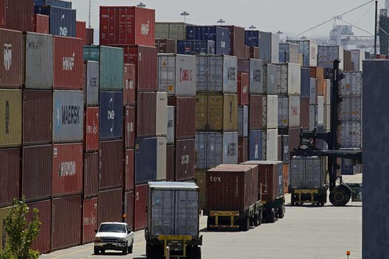 中美貿易戰,中美第一階段協議達成,美國取消12月15日欲對1600億美元中國商品施加的關稅。(AP)