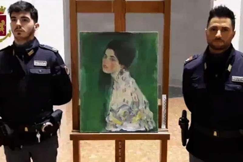 奧地利知名象徵主義畫家克林姆的知名畫作《夫人的肖像》失竊20多年,日前找回疑為真跡的作品(美聯社)