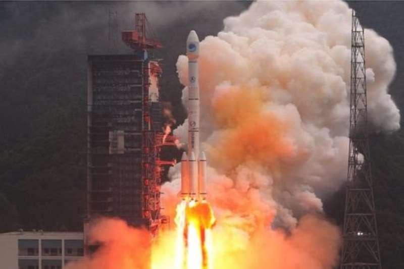 在12月16日中國「一箭雙星」發射了兩顆北斗導航衛星,完成了北斗三號全球系統24顆中圓地球軌道衛星全部發射部署。(BBC News 中文)