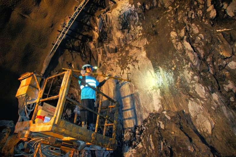 20191223草埔隧道是國內首座跨越歐亞和菲律賓板塊的隧道,工程難度堪稱台灣第3高(公路總局提供)