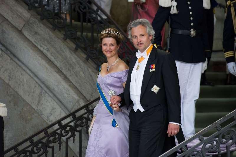 2013年,挪威瑪塔公主(Martha Louise)與當時的丈夫貝恩。(AP)
