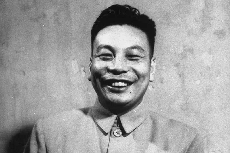 蔣經國日記中,1942年8月9日至20日的部分被撕掉,美國館方告訴他,日記送來時就是如此。(資料照,取自維基百科)
