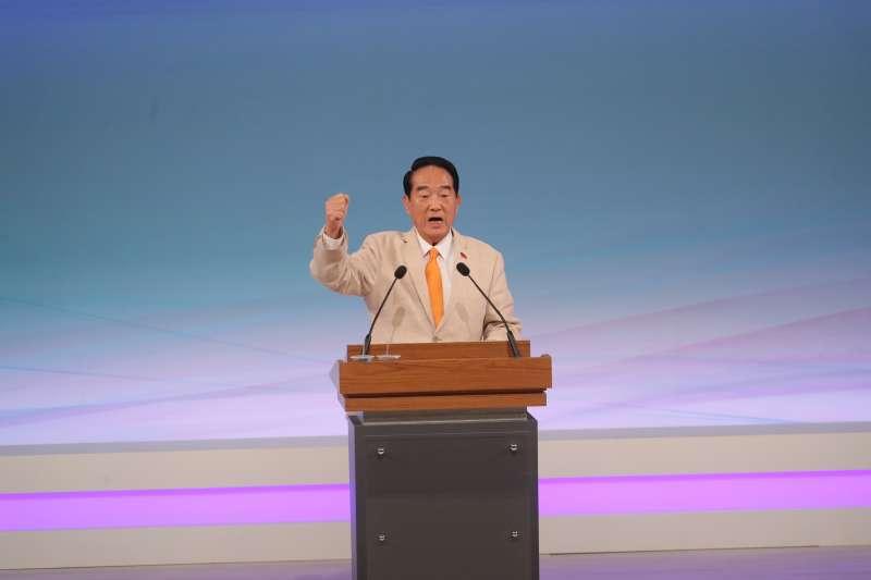 針對國民黨總統候選人韓國瑜批評蘋果日報,親民黨總統候選人宋楚瑜(見圖)表示,未來國家領導人要了解對新聞界的尊重。 (台北市攝影記者聯誼會提供)