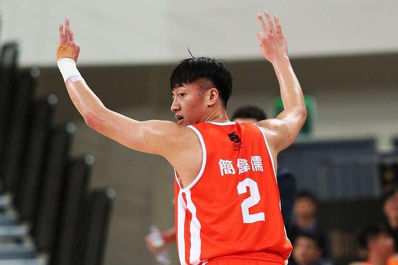 簡偉儒飆進SBL生涯新高的7記三分球,率領璞園擊敗裕隆收下2連勝。(中華籃協提供)
