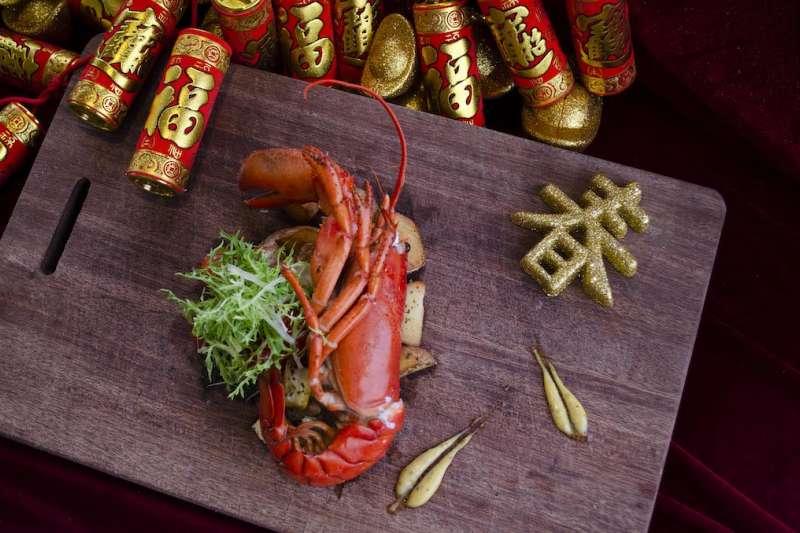 六大主題圍爐饗宴,菜色多元豐富又結合在地特色,是小家庭圍爐首選。(圖/山形閣提供)