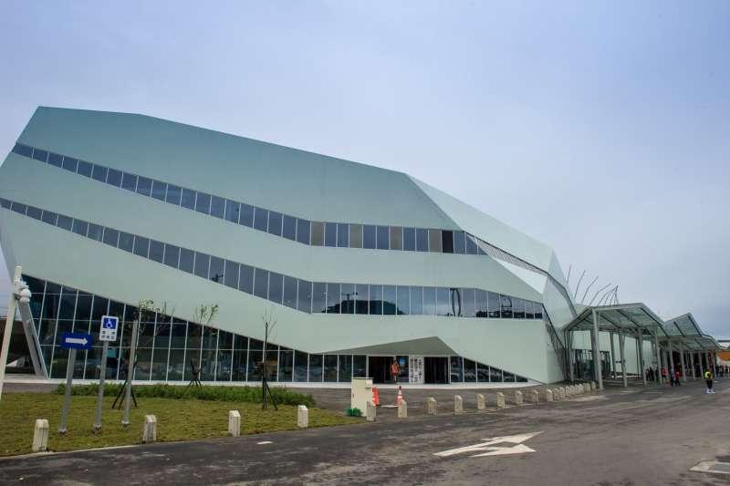 服務區中心設計外觀是大船造型,造型特殊,未來將提供台北往返花蓮,上蘇花改或國五前的民眾有方便的休息與用餐場所。(圖/宜蘭縣政府提供)
