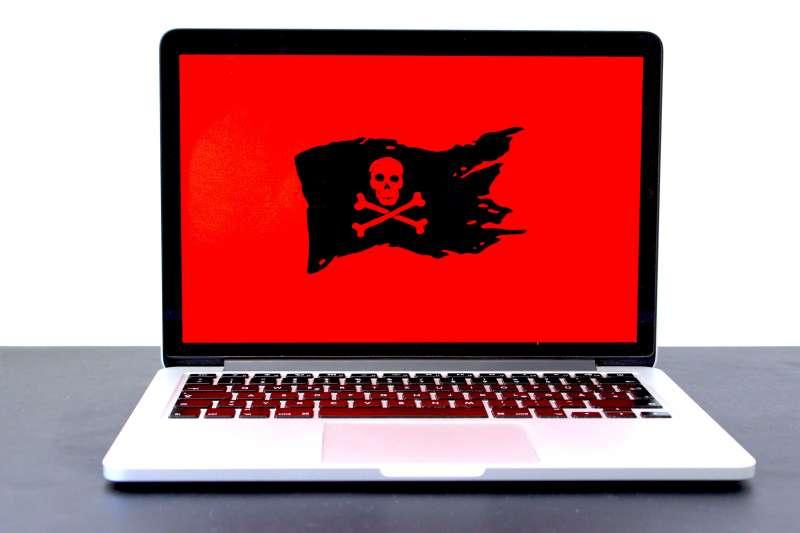 示意圖。疑似來自中國的「雲端跳躍」(Cloud Hopper)駭客行動,潛入美國多家雲端供應商竊走無數企業的敏感數據。(Michael Geiger@Unsplash)