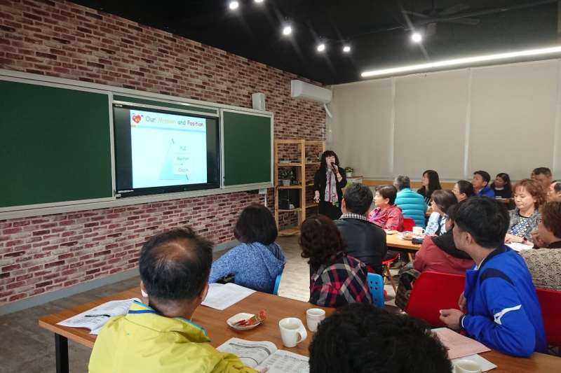台中市政府教育局以「國民教育輔導體系」到各校實際輔導,成效佳,吸引外縣市前來參訪取經。(圖/台中市政府提供)