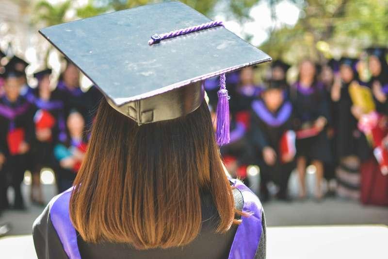 碩士入學考迫在眉睫,許多大學生都在緊張備考階段(圖/Unsplash)
