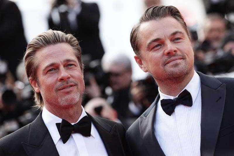 2020年金球獎於台灣早上八點開獎,由李奧納多·狄卡皮歐和布萊德·彼特主演《從前,有個好萊塢》奪三大獎,成本屆最大贏家(圖/IMDb)