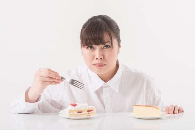 「少吃多動」老生常談,聽在過重肥胖者的耳裡卻十分刺耳,在醫院聽到更令人洩氣。(圖/photoAC)