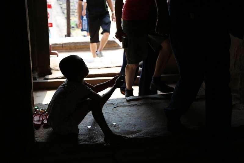 她說,很多社福單位知道她也提供愛心餐,因此捐出善款,希望能給遊民或弱勢朋友一絲溫飽。(圖/photo-ac)