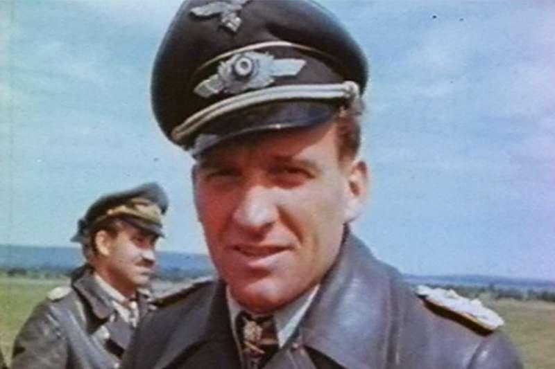 魯德爾可以說是二戰期間德國最傳奇的飛官。(圖/維基百科)