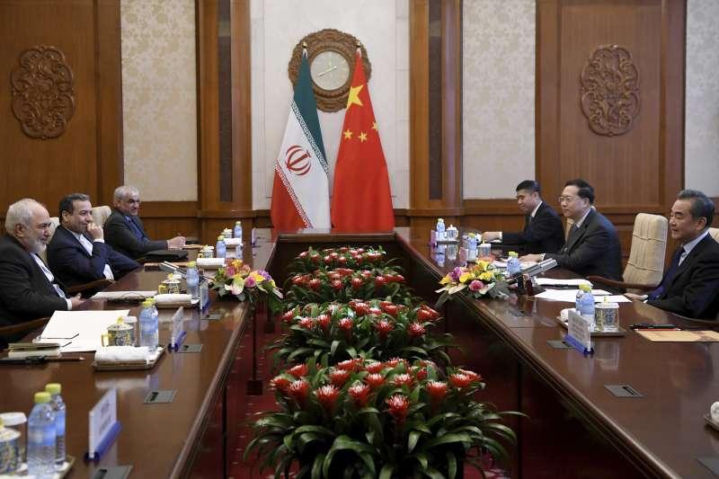 伊朗外長札里夫訪問中國(AP)