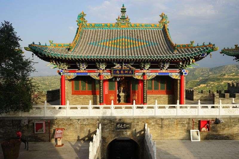 山西省介休市虹霽寺被恢復舊貌,圖為修復後的天王殿。(新華社)