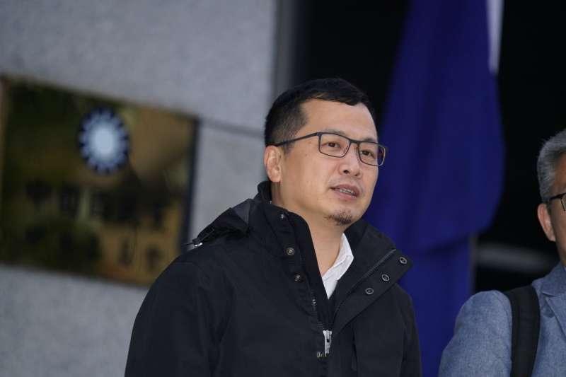 20200112-國民黨青壯派議員12日召開記者會呼籲黨內改革,台北市議員羅智強發言。(盧逸峰攝)