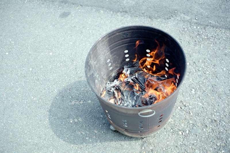 原來蔡倫不只會造紙,還是燒紙錢始祖...(圖/Lordcolus@flickr)