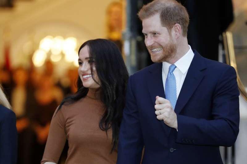 英國哈利王子與妻子梅根(AP)