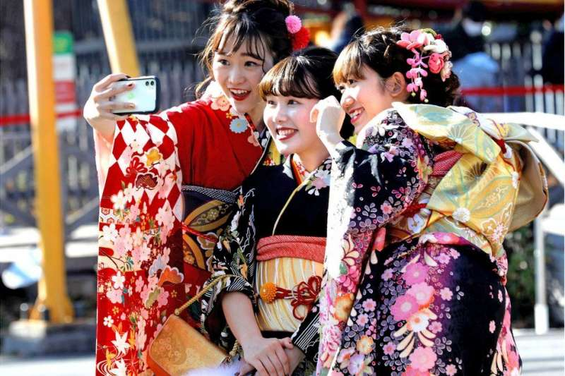 日本令和時代第一個成人禮。(BBC中文網∕Reuters)