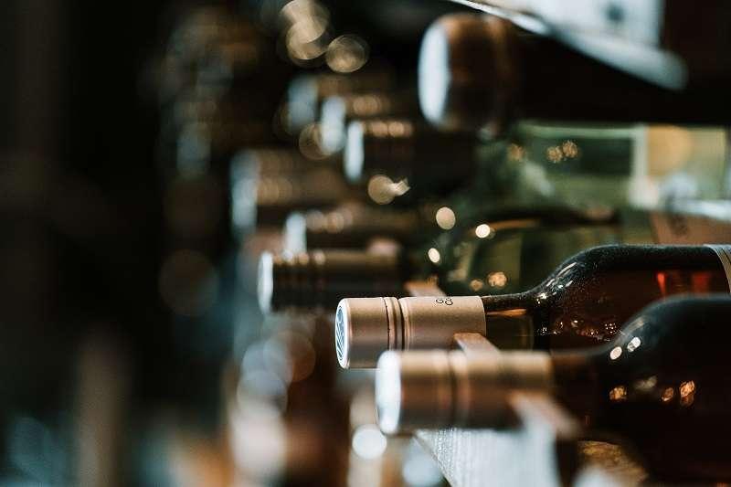 專家或有朋友推薦我的葡萄酒我都不太喜歡,是我不適合喝葡萄酒嗎?其實不是的!(圖/unsplash)