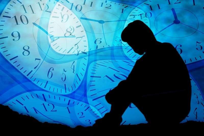 大多數人不愛工作,即便是工作狂也不愛,他們只是被迫成為工作的狂熱份子。(圖/photo-ac)