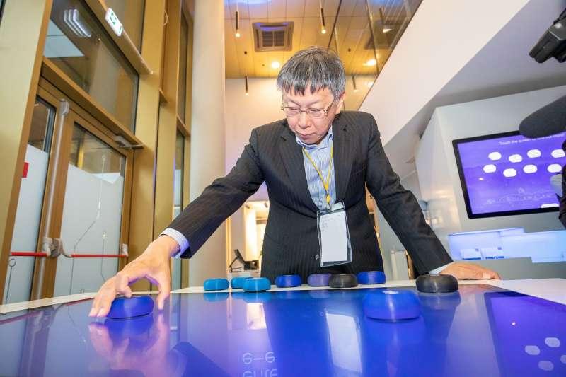 台北市長柯文哲日前率團赴歐洲,現前往愛沙尼亞參訪,受訪時談及國內選後情勢。(台北市政府提供)