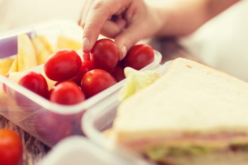 年菜吃不完放保鮮盒,非PVC塑膠就沒有塑化劑危險?(圖/NOW健康)