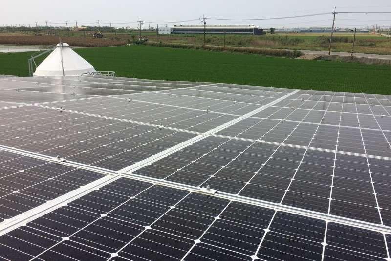 台灣第一個推動綠能投資平台的陽光伏特家,經過3年的努力,目前的網路投資平台已經可以做到499KW案場推出後「秒殺」的成績。圖為陽光伏特家阿里2號。(取自陽光伏特家臉書)