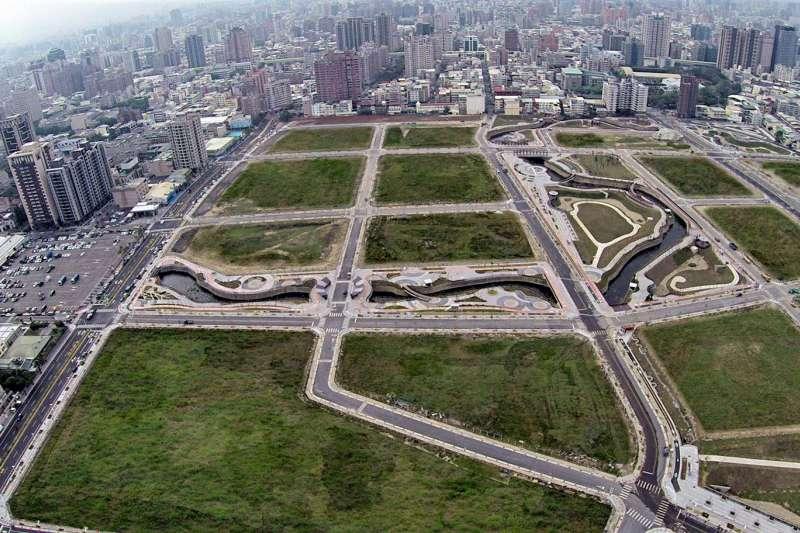 台中市14期重劃區第六工區的基礎建設已完工,聯外交通動線良好,配合透過周邊重大建設的興建,提升屯區生活機能。(圖/台中市政府提供)