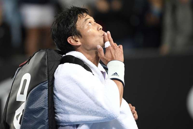 盧彥勳在2018年法網前夕動刀治療肩膀傷勢,直到今年澳網才正式復出。(美聯社)