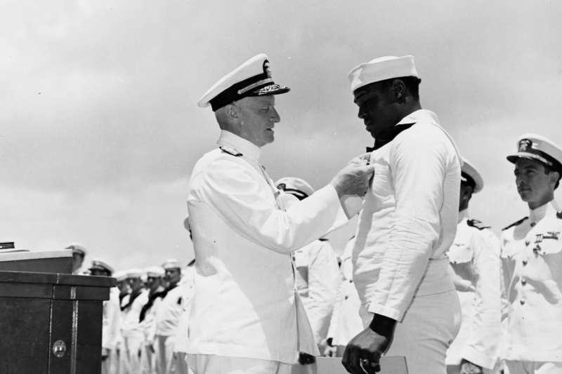 美國新航空母艦以二戰黑人水手米勒為名(翻攝U.S. Navy)