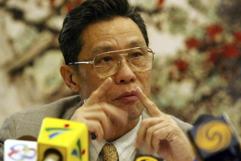 中國國家衛健委宣布湖北地區連4天0確診,引起廣大的議論。圖為中國國家衛健委高級別專家組組長、中國工程院院士鐘南山(資料照,美聯社)