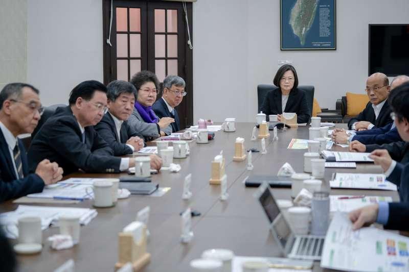 20200122-因應中國武漢肺炎疫情,總統蔡英文22日召開國安高層會議,指示全力防疫。(取自總統府@Flickr)